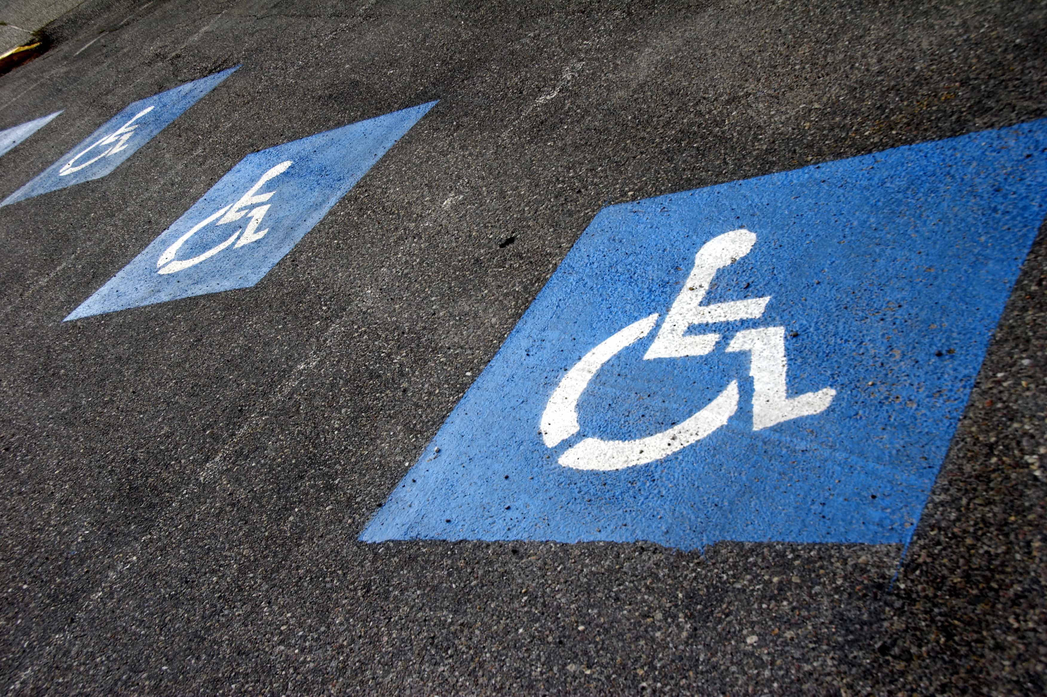 sign - parking lot for wheelchair
