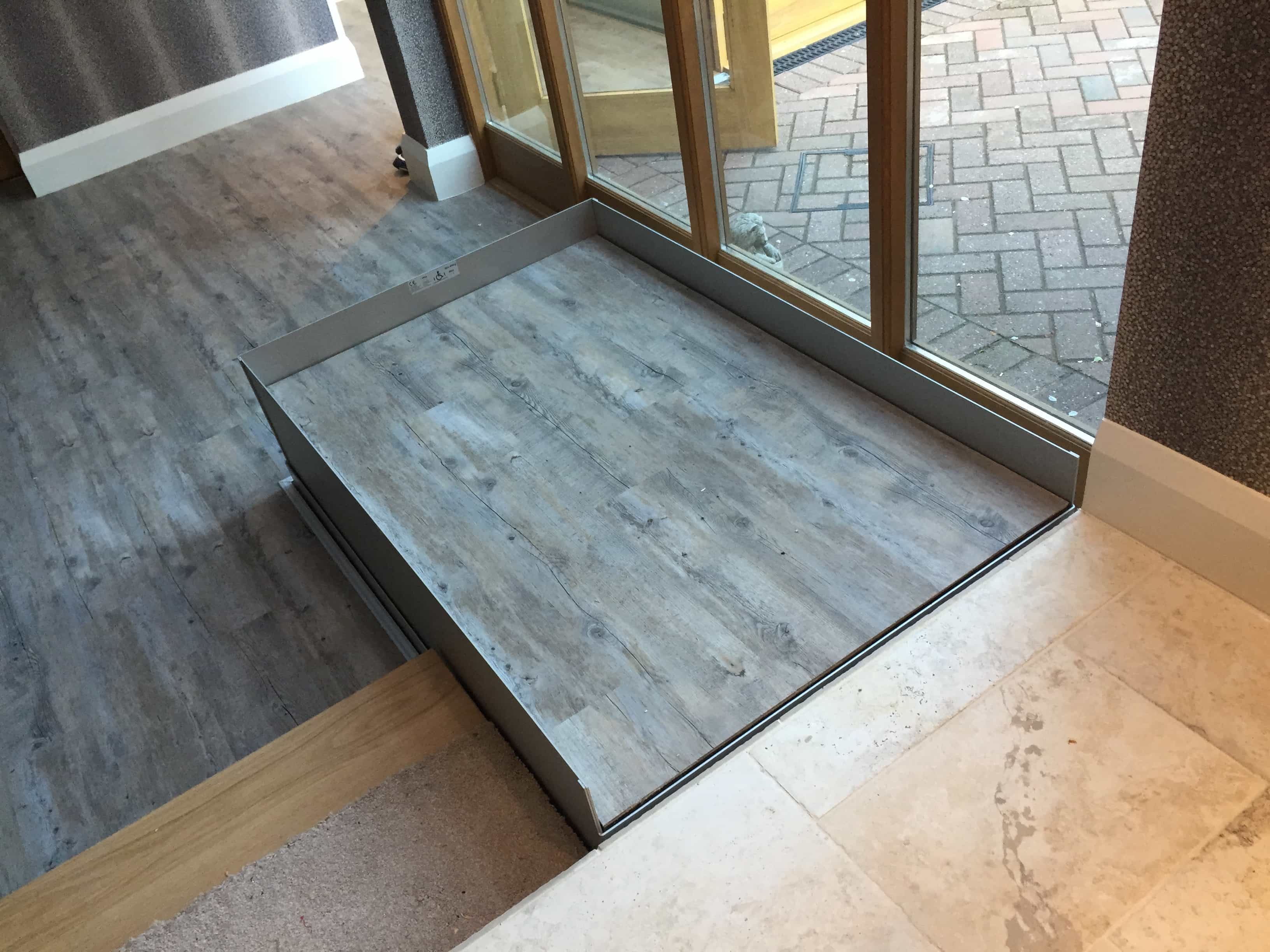Hidden Step Lift