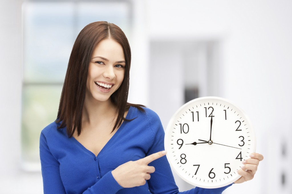 holding a clock iStock 000032405296 Medium 1024x682 - WHAT ARCHITECTS ARE THINKING WHEN THEIR CLIENTS SAY…