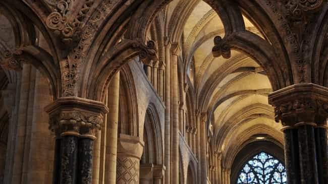 226 - Case Study: Traction 400 (Leonardo) Installed at Durham Cathedral