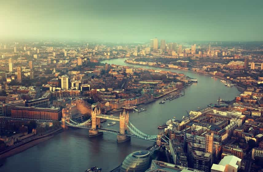 Aerial View of London and Thames iStock 000051318352 Small - Top 3 Lifts in London You Wish You Could Get Stuck in