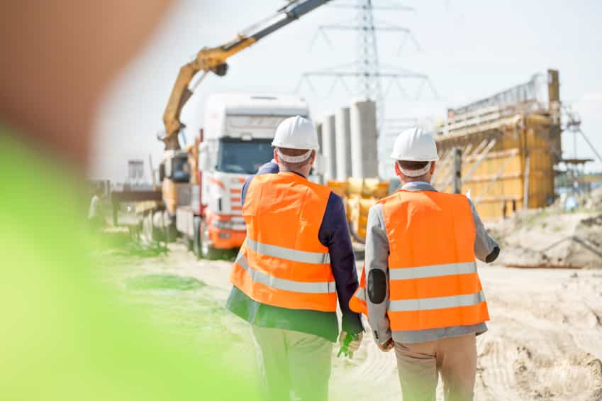 Construction Site iStock 000067268439 Small - CONTRACTORS: HOW TO CHOOSE YOUR SUBCONTRACTORS