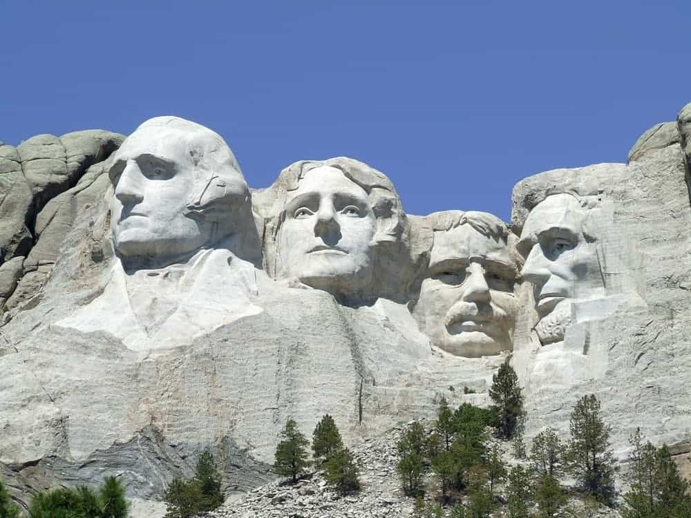 mount rushmore monument landmark scenic - Tourist Destinations Around the World that Need a Lift