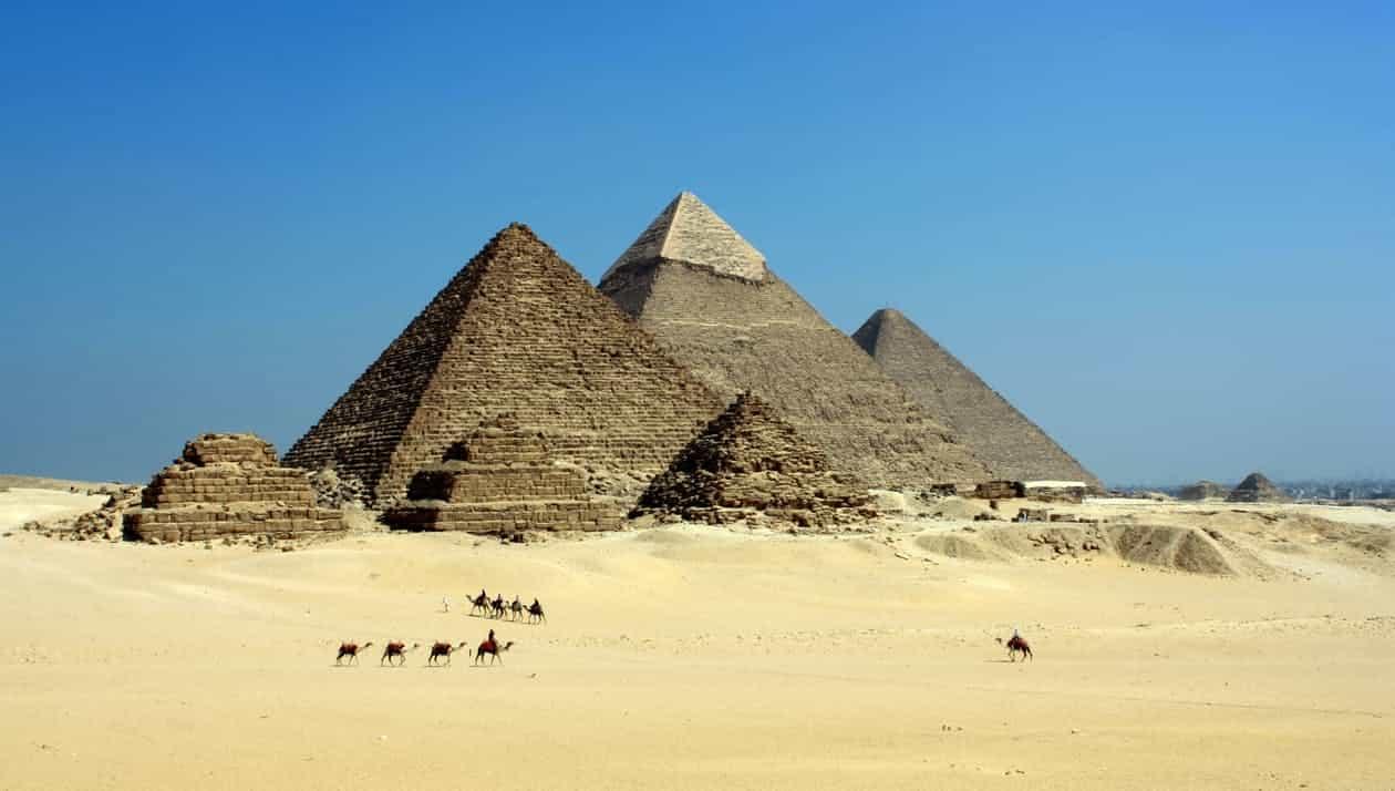 pexels photo 71241 - TOURIST DESTINATIONS AROUND THE WORLD THAT NEED A LIFT