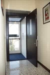 dsc 00161 200x300 - Lift Doors