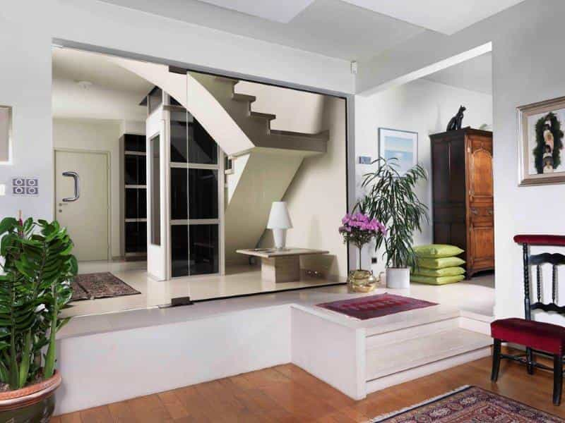 Home lift 2 - CUSTOMISE YOUR HOME LIFT TO SUIT YOUR TASTES