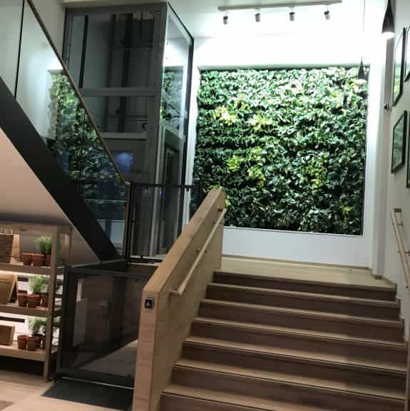 IMG 0871 768x576 575x576 - Case Study: Axess2 Installs Two Lifts at Vapiano Glasgow