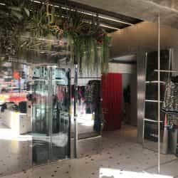 Photo 03 10 2018 10 07 04 250x250 - CASE STUDY: FASHION LIFT INSTALLED AT MSGM