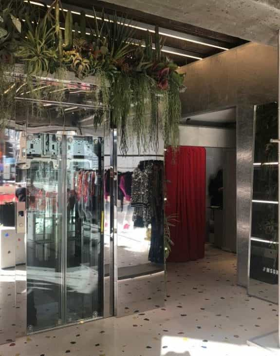 Photo 03 10 2018 10 07 04 575x730 - CASE STUDY: FASHION LIFT INSTALLED AT MSGM