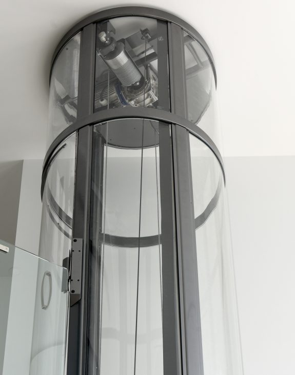 mini gallery6 575x730 - Round/Circular Lift