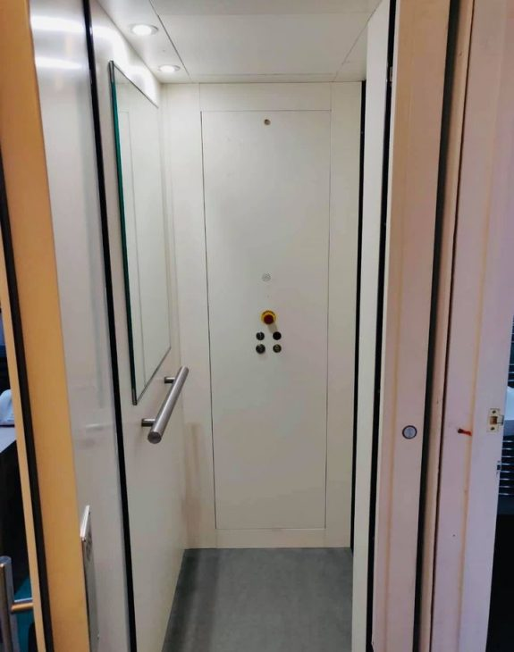 Home lift suffolk 3 575x730 - Hydraulic Home Lift Installation in Suffolk