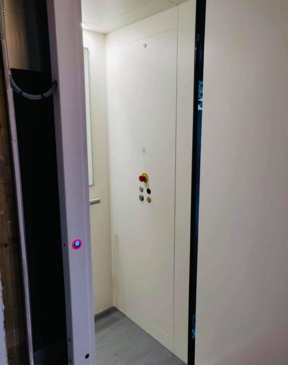 Home lift suffolk 575x730 - Hydraulic Home Lift Installation in Suffolk