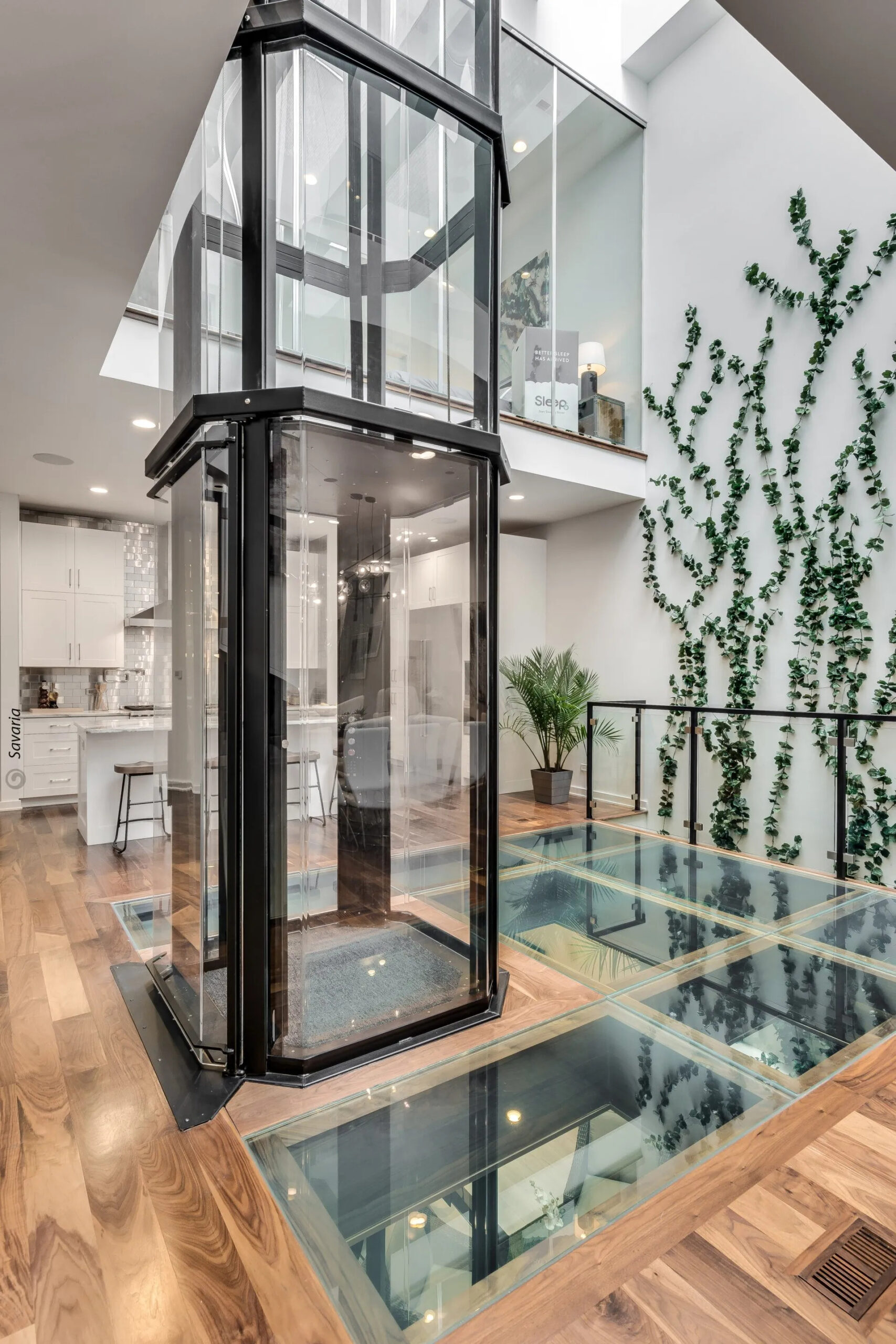 Vuelift O V RS cabonglassfloor image scaled - Vuelift Octagon
